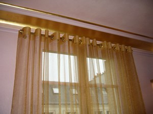 decoration-fenetre-voilage-oeillets300