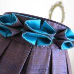 Abat-jour à plis creux bicolore et son rucher cocotte !